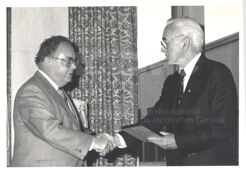 25 Year Service Plaque Presentations May 1985 015