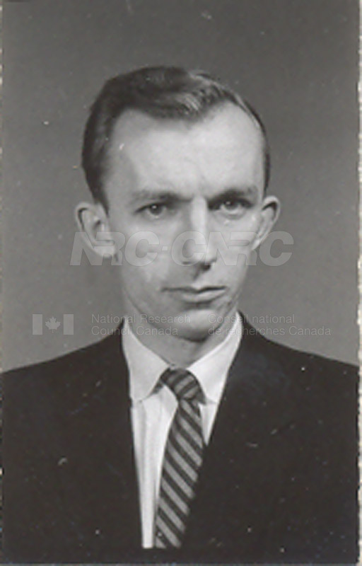Photographs of Postdoctorate Issue 1957 055