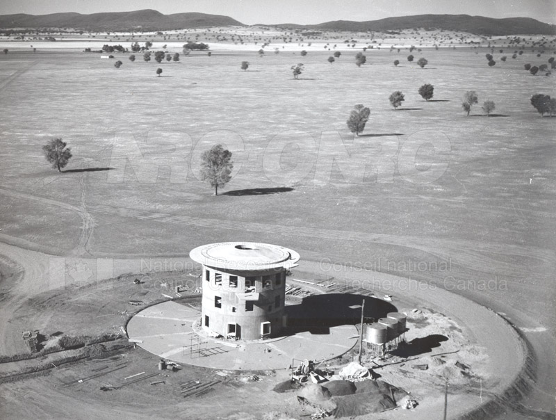 Radio Telescope at Parkes N.S.W. 1960 Commomwealth Scientific and Industrial Research Organization 1959-1960 001