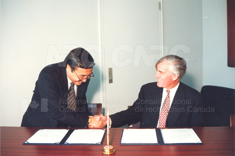 Agreement Signing Indonesian Institute of Sciences 10 Sept. 1997 009