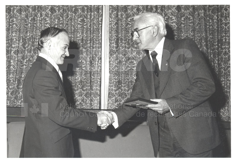25 Year Service Plaques Presentations 1981 027
