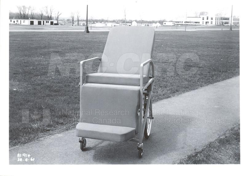 George Klein Wheel Chair 002