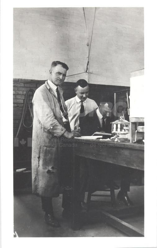 NRC Staff at U. of Alberta 1929 002