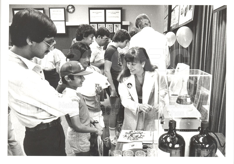NRC Open House- Chemistry 1984 008