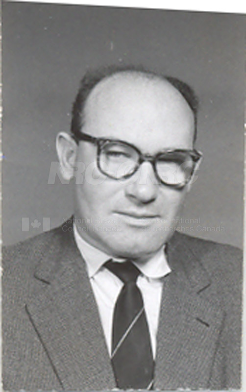 Photographs of Postdoctorate Issue 1957 024