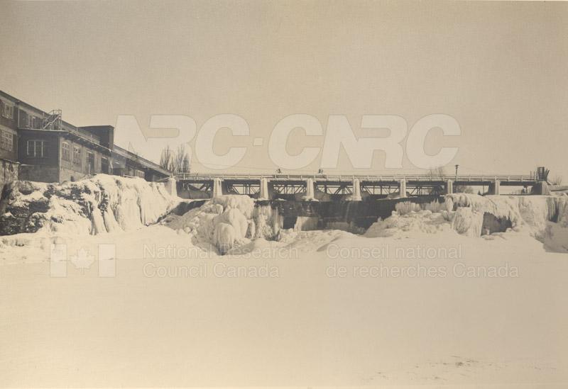 John St. Annex W. View of Rideau Falls c.1932 001 pt.1