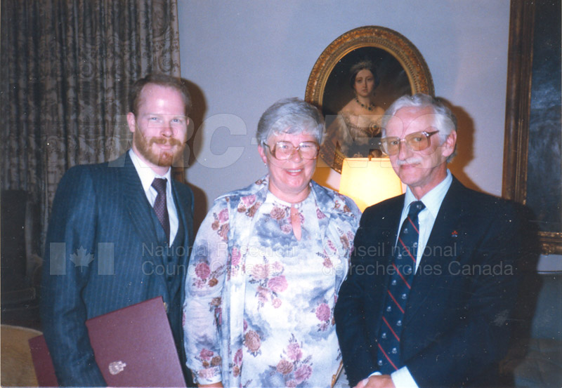 W.A. Cumming- Outstanding Achievement Award of the Public Service of Canada, presented posthumously to his son by G.G. Jeanne Sauve June 26, 1985 003