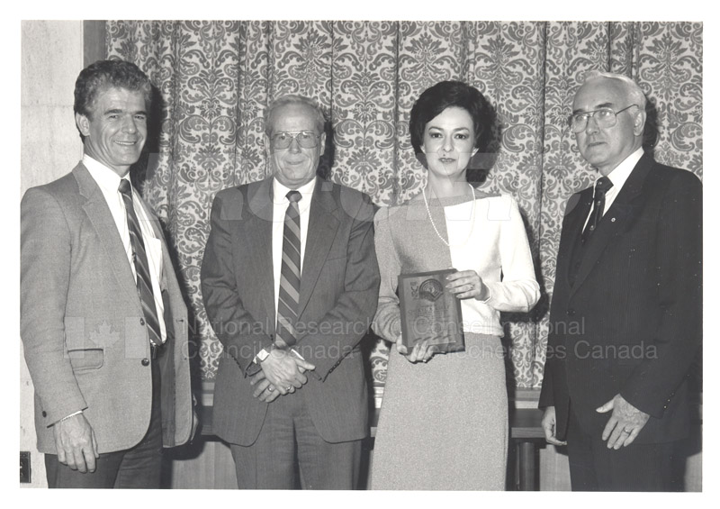 Cheryl Kelly - United Way Special Award Nov. 1985 002