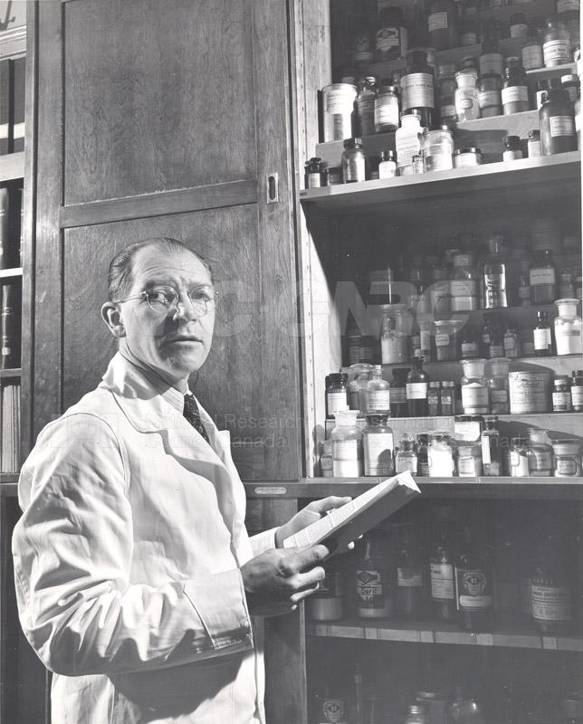Food Chemistry- Meat Storage c.1948 003