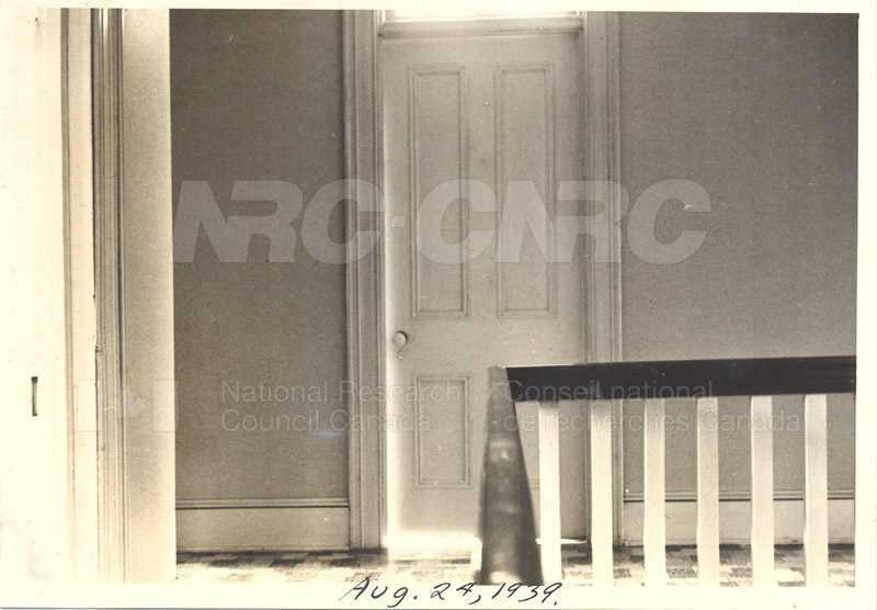 Album 11- Montreal Road Labs Aug. 24 1939 017
