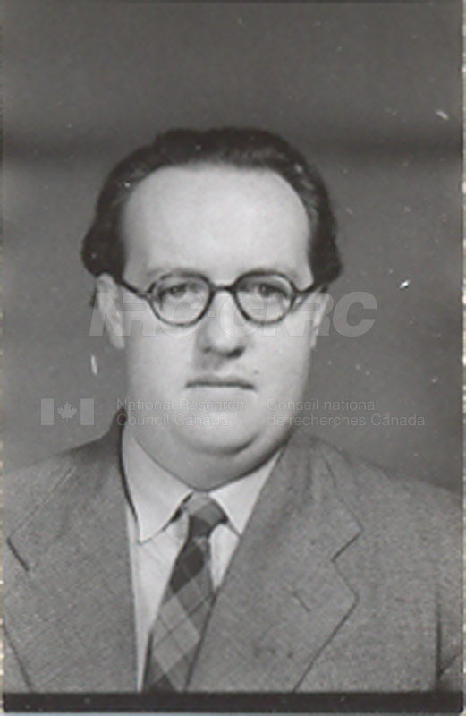 Photographs of Postdoctorate Issue 1957 045