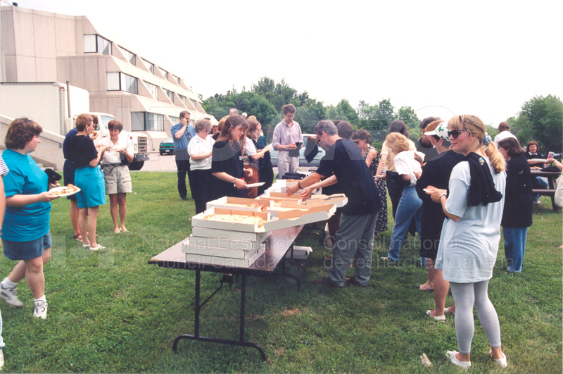 CISTI Employee Recognition Ceremony 1997 004