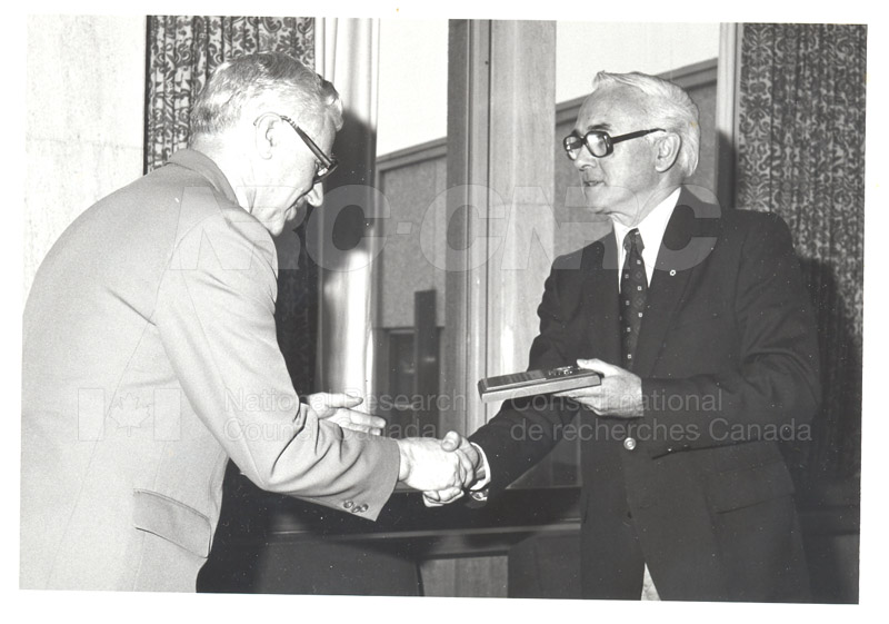 25 Year Service Plaques Presentations 1981 046