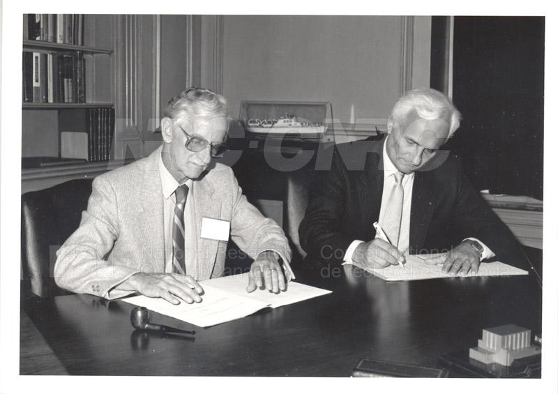 J.J. Lyons (CNES) Wind II Agreement 1985 002