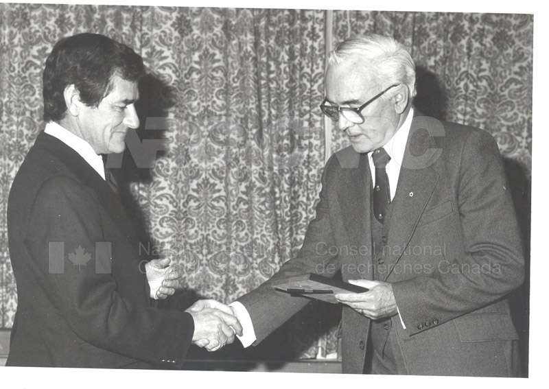 25 Year Service Plaques Presentations 1981 014