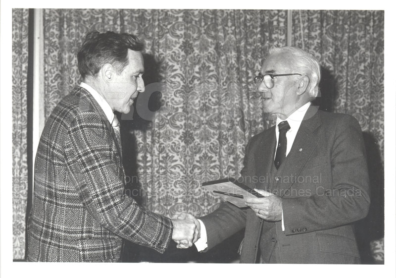 25 Year Service Plaques Presentations 1981 015