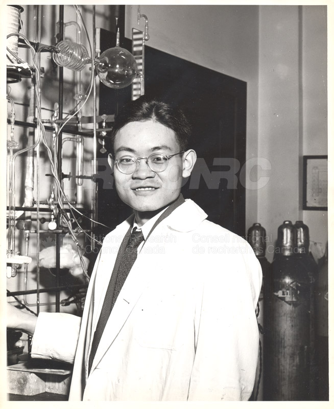 Industrial Organic Chemistry- Dr. S. Chu Liang- Inspecting a Vacuum System for Leaks with a Leak Tester c.1950