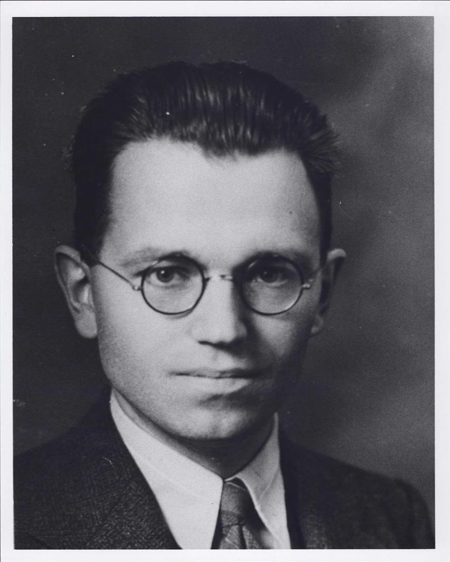 Tab 1: Gerhard  Herzberg Portrait c.1928