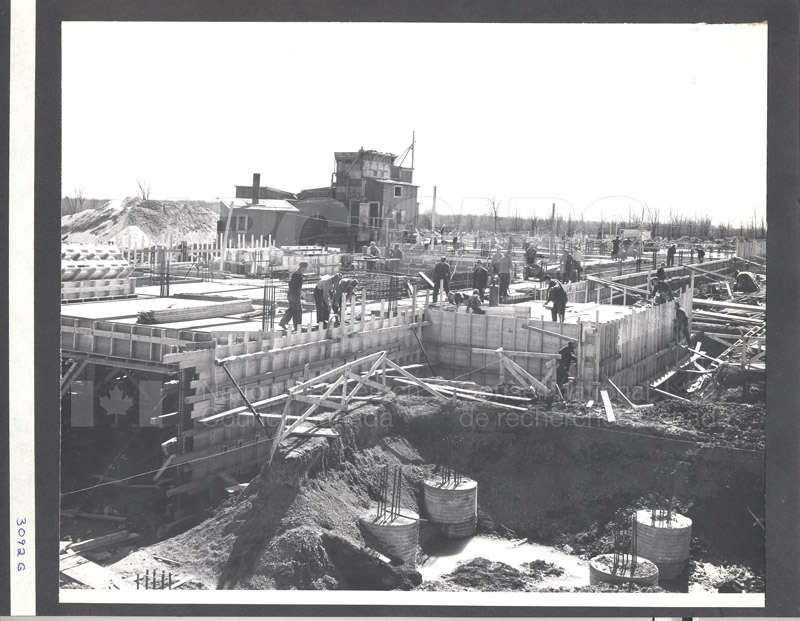 Construction of M-50 Spring 1952 #3092 007