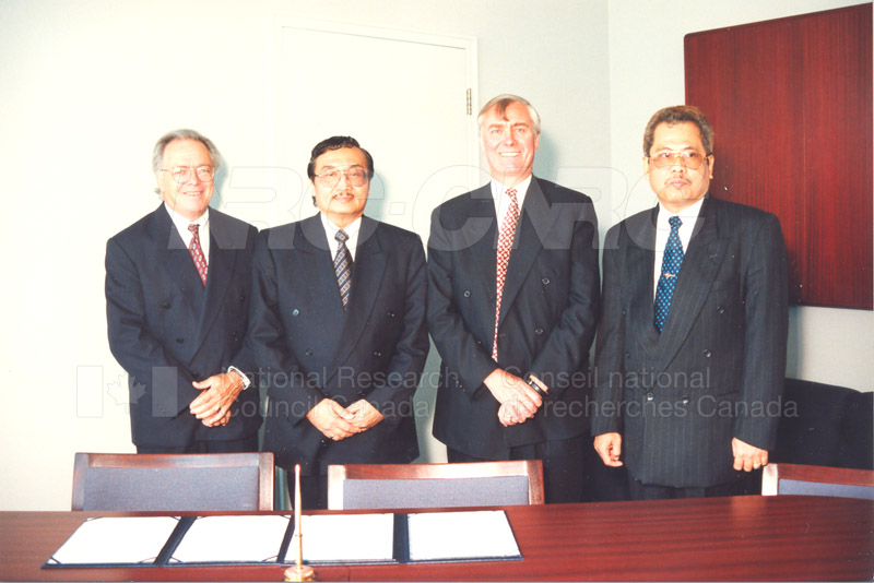 Agreement Signing Indonesian Institute of Sciences 10 Sept. 1997 006