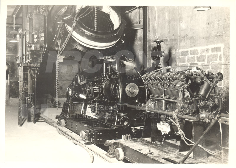 R.R. Eagle MK IX on Stand- John Street Labs 1930s-1940s