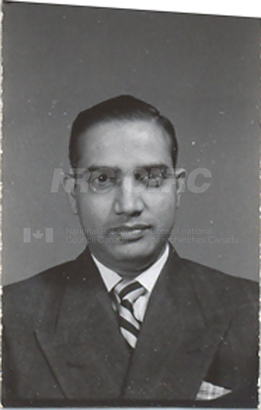 Photographs of Postdoctorate Issue 1957 035