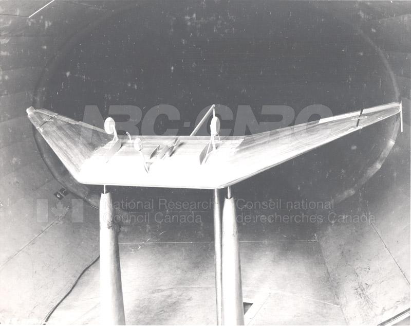 Tailless Glider 1946 003