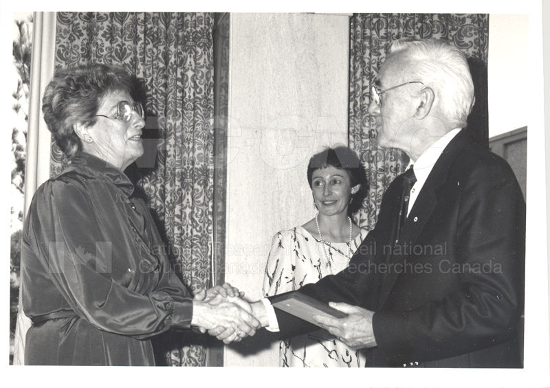 25 Year Service Plaque Presentations May 1985 030