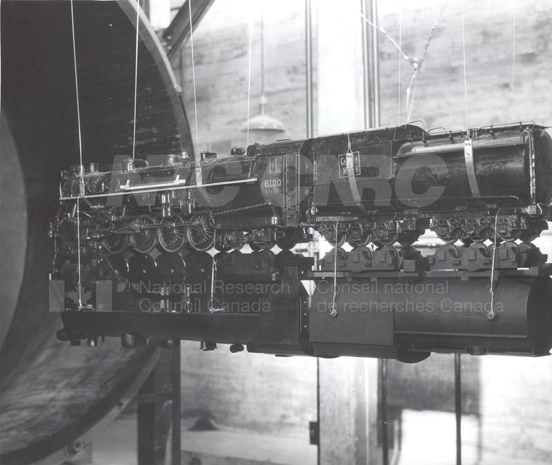 Aerodynamics Section Streamling Locomotives for CNR 1931 006