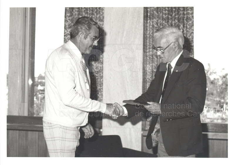 25 Year Service Plaques Presentations 1981 064