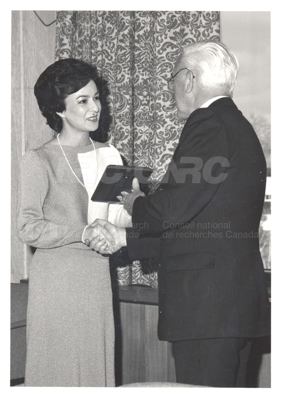 Cheryl Kelly - United Way Special Award Nov. 1985 001
