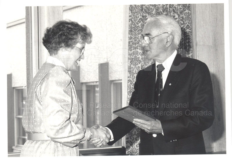 25 Year Service Plaque Presentations May 1985 010