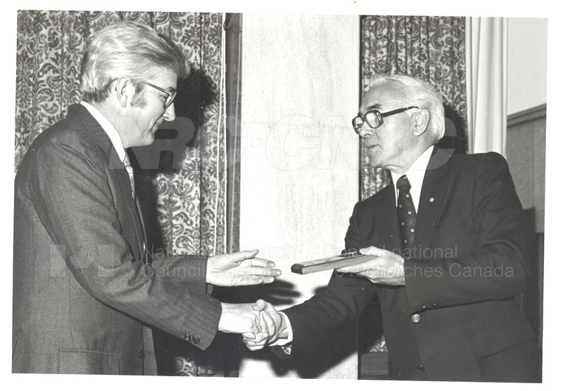 25 Year Service Plaques Presentations 1981 030