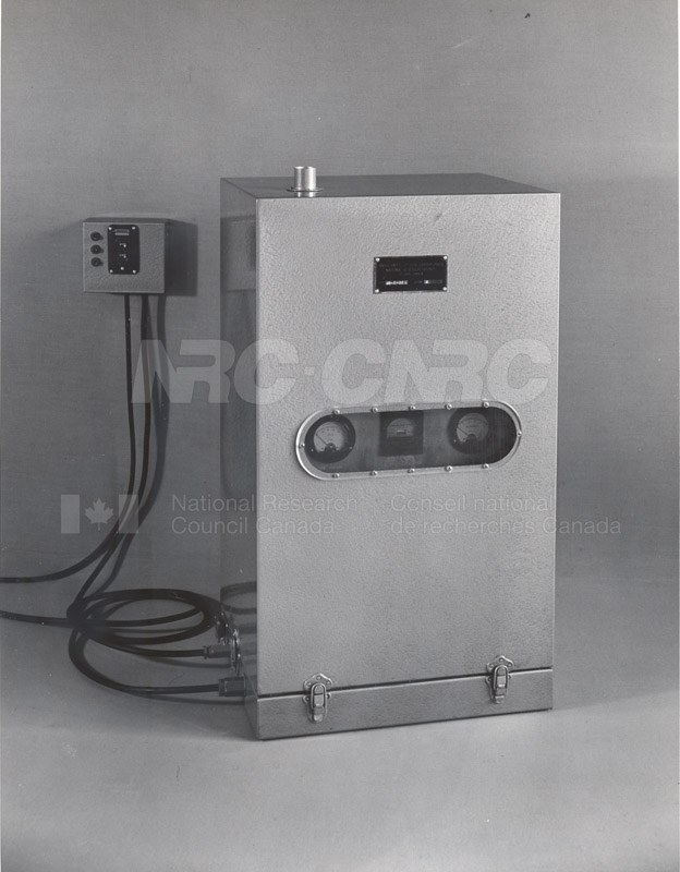 MPFS Shore Transmitter and Receiver- Microwave Beacon 1951 004