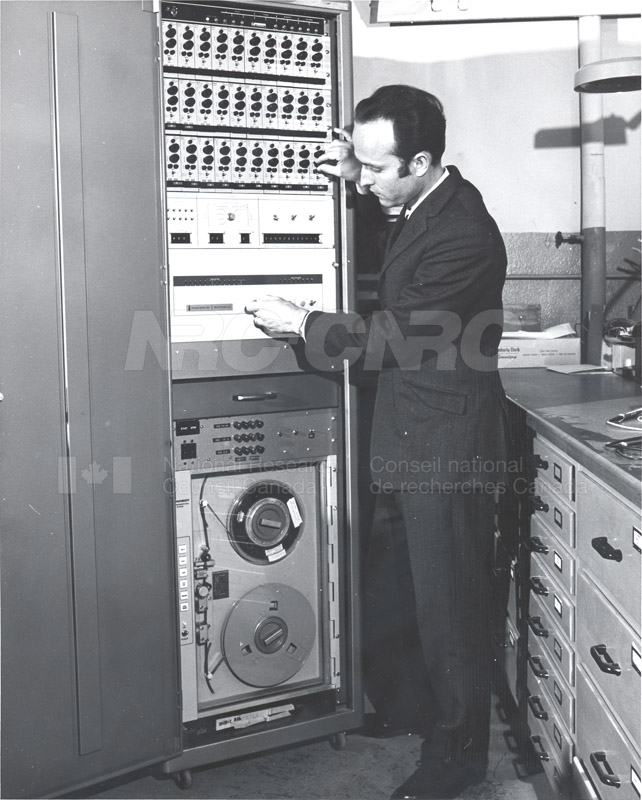 Analysis Sect (Computers) 1950s-1970s 002
