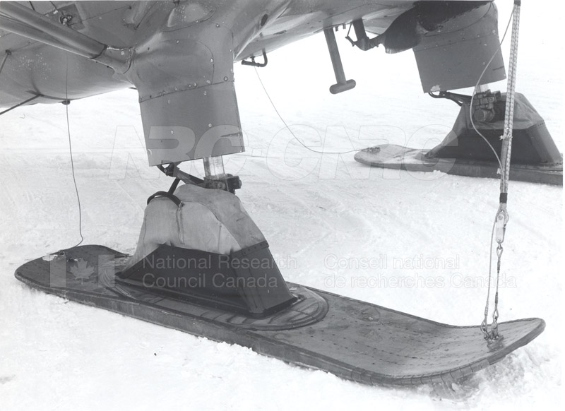 Stress Tests on Aircraft Skis 1947-1949 003