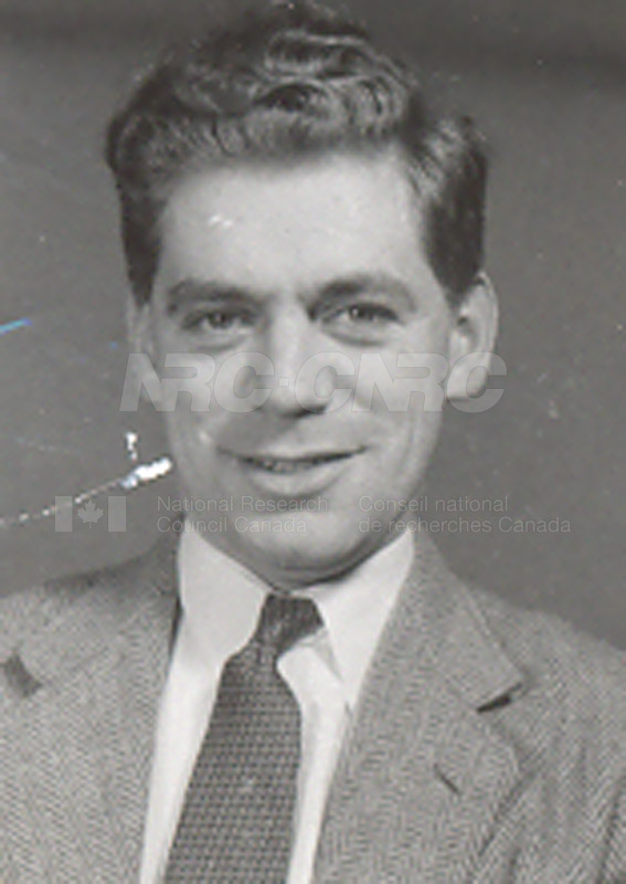 Photographs of Postdoctorate Issue 1957 062