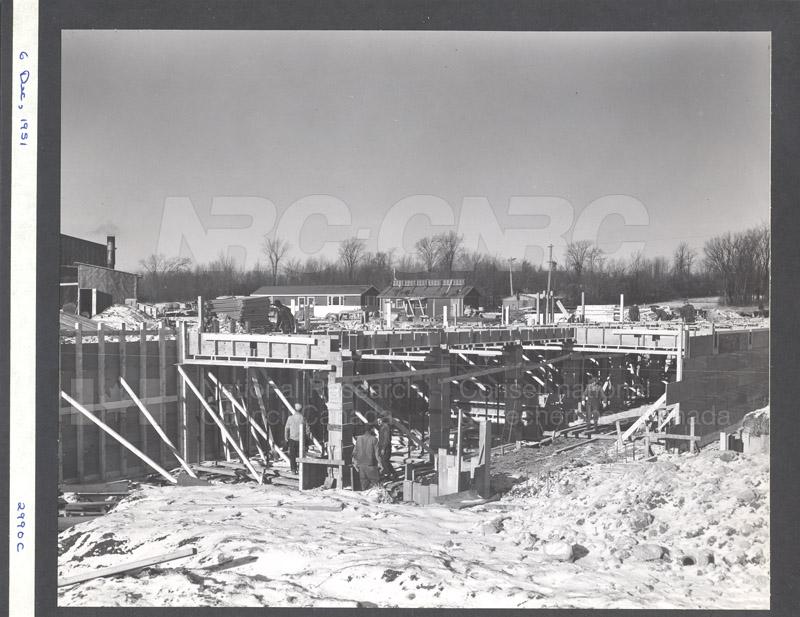 Construction of M-50 Dec. 6 1951 #2990 003
