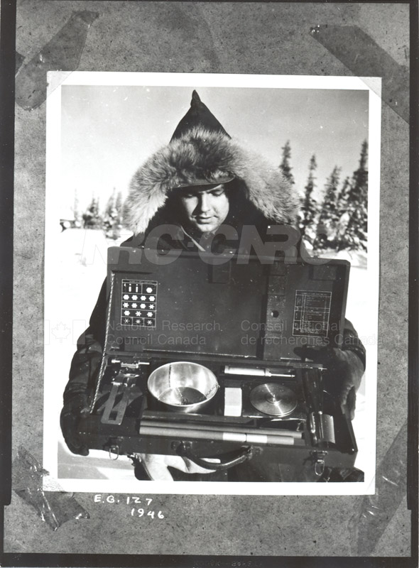 Equipment for Measuring the Properties of Snow 1943 009