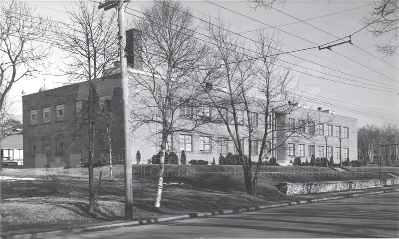The Building- Exterior Views 1950-1968 004