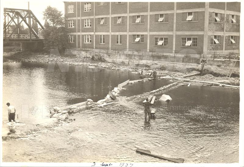 John St. Labs- Rideau Falls Sept. 1937 001