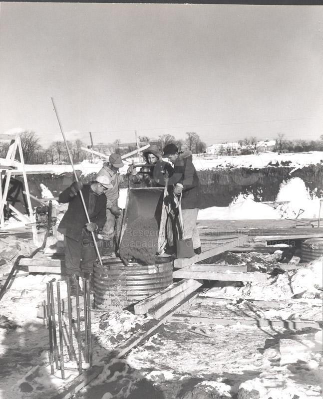 Construction of M-50 Jan. 3 1952 #2992 010