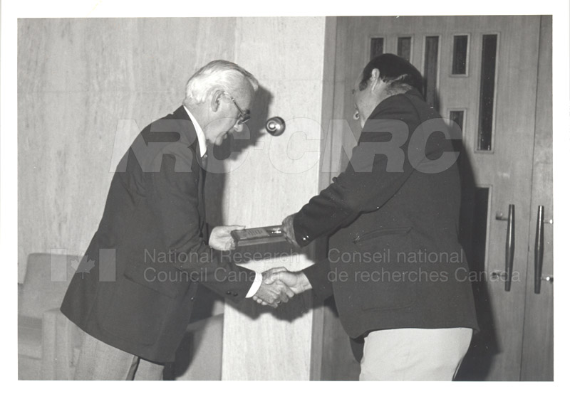 25 Year Service Plaques Presentations 1981 063