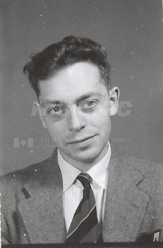 Photographs of Postdoctorate Issue 1957 034