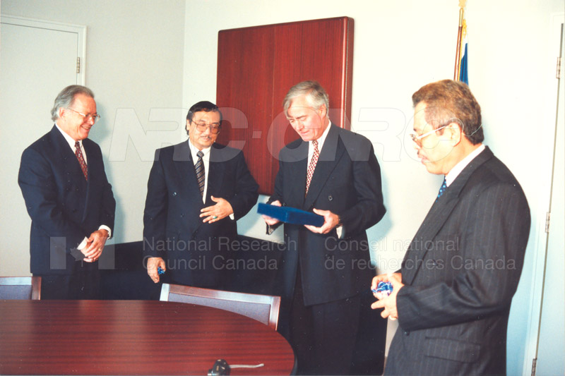 Agreement Signing Indonesian Institute of Sciences 10 Sept. 1997 004