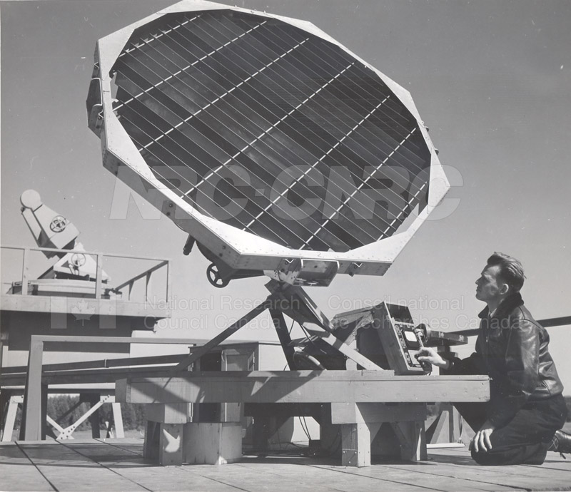 Solar Noise- Radiotelescope Goth Hill Dec. 1947
