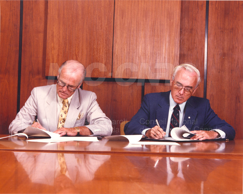 Signing of Understanding Between NRC & Standards Council of Canada (John Woods & Larkin Kerwin) 1988 001