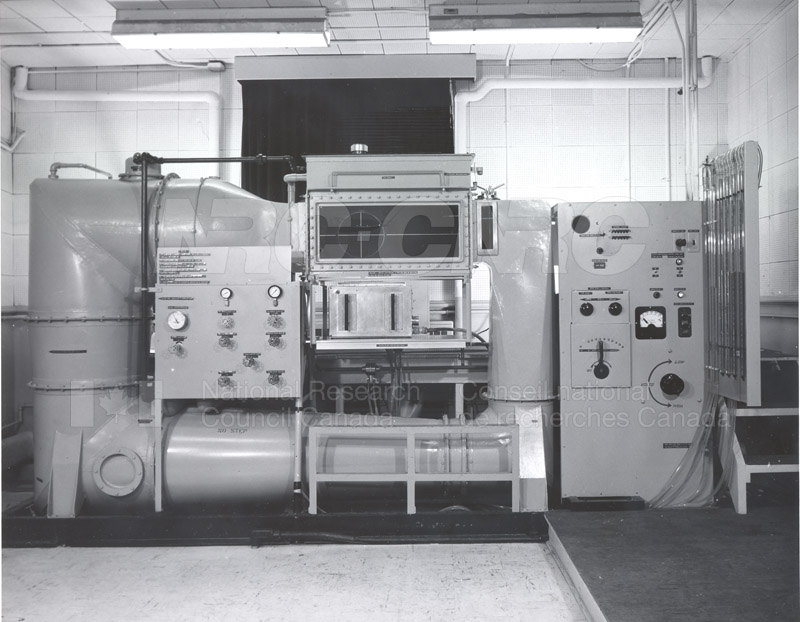 Hydrodynamics Section- Water Tunnel 1950s 004