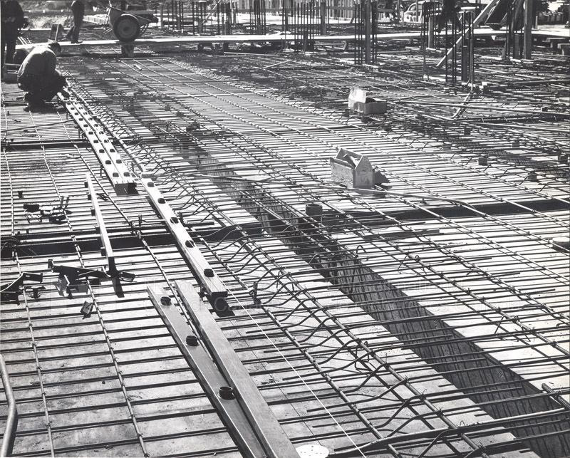 Construction of M-50 Spring 1952 #3092 002