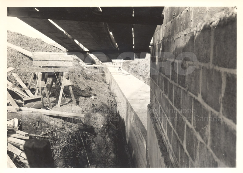 Construction and other Photos 1929-1937 300